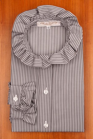 RUFFLE COLLAR, GREY AND WHITE STRIPES