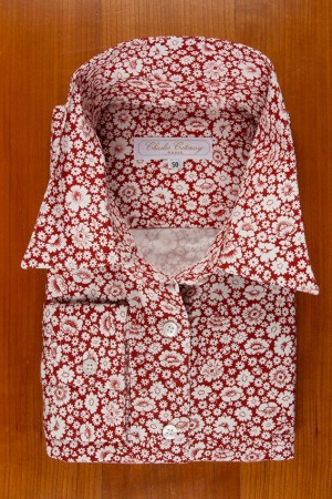 THIN COTTON FLANELL , WHITE FLOWERS ON BURGUNDY