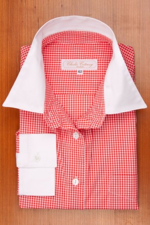 WHITE COLLAR, RED AND WHITE GINGHAM