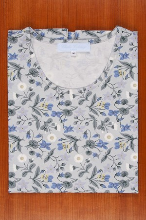 TEE SHIRT LIBERTY, GREY AND LIGTH BLUE FLOWERS