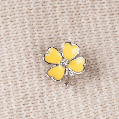YELLOW FLOWER PIN'S