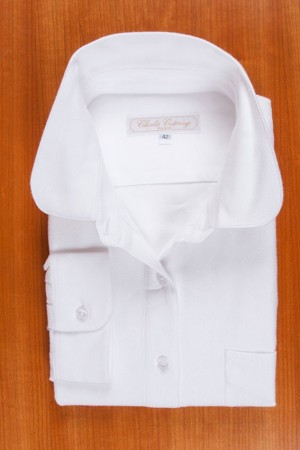 SOFT WINTER FLANELL, WHITE COLOR, ROUND COLLAR