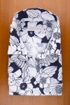 NICE LARGE NAVY AND WHITE FLOWERS